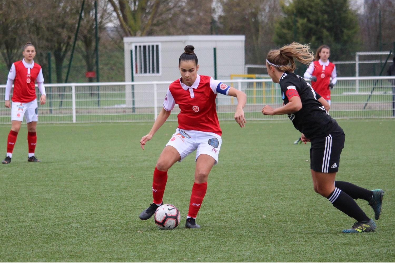 Le Stade De Reims Feminin Fait Un Pas De Plus Vers La D1 Sport Club